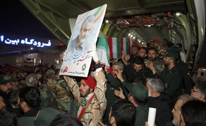 Ще има ли война? САЩ набелязаха 52 цели за 52 заложници в Иран