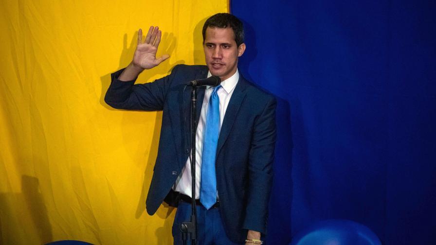 Скандали във Венецуела, не допуснаха Гуайдо до сградата на парламента