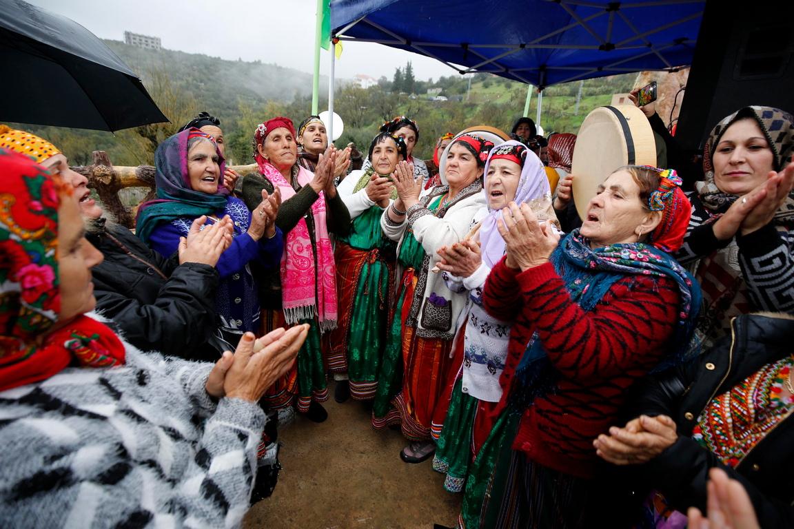 Берберите в момента празнуват своите новогодишни празници. Днес, за втори път, Йеннаер - Нова година се чества като национален празник в Алжир