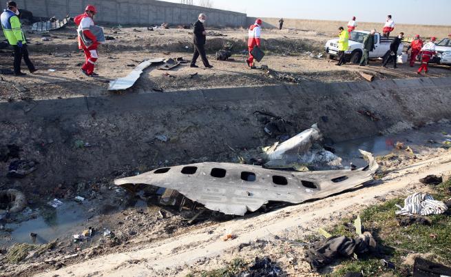 Иран арестува няколко души заради сваления украински самолет
