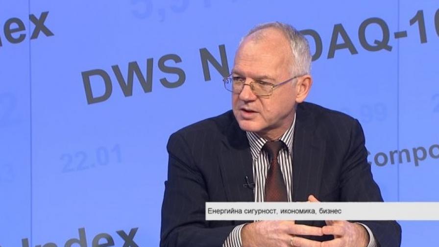 Васил Велев, председател на УС на АИКБ