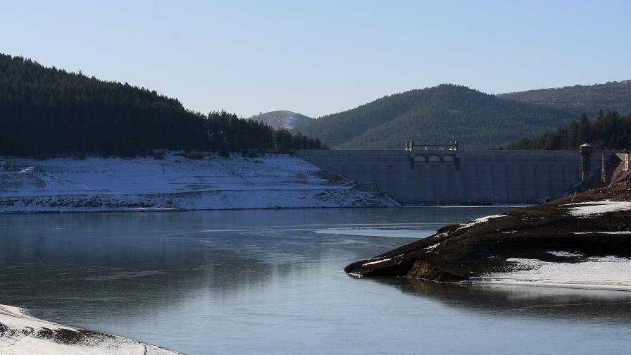 <p>Започна изграждането на водопровода към Перник</p>