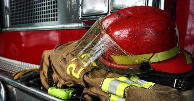 България Пожарникарите заплашват с протест заради новото им работно време