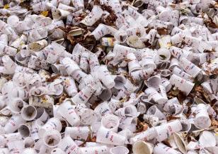В Китай забраняват пластмасовите торбички