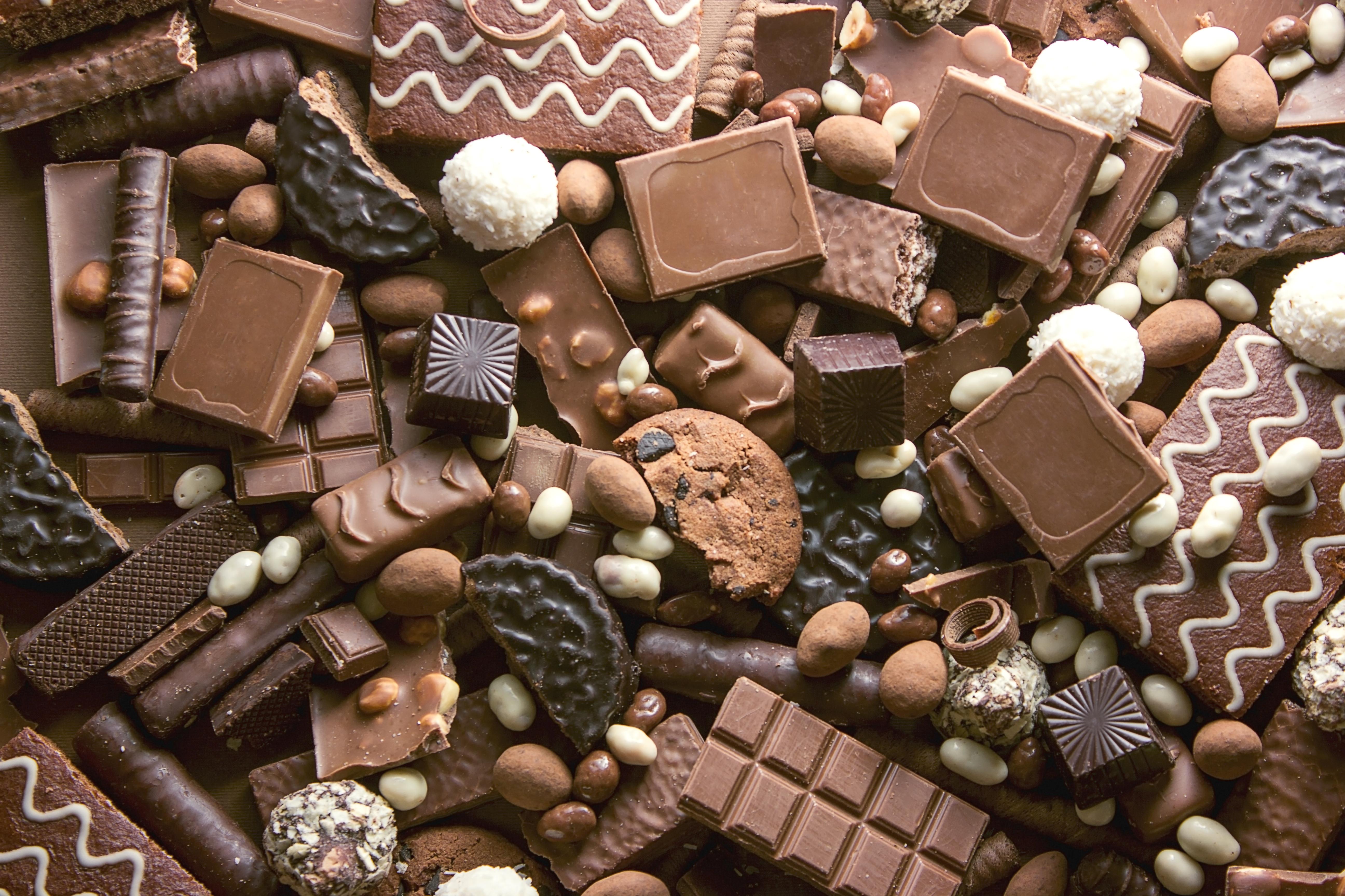 <p><strong>Пристъпите на мигрена може да намалеят</strong></p>  <p>Някои изследвания показват, че шоколадът е отключваща храна за мигрена; други проучвания обаче показват, че няма връзка. Ако сте човек, който страда от мигрена, лишаването от шоколад може да ви помогне да се преборите с пристъп, въпреки че са необходими повече доказателства по темата.</p>