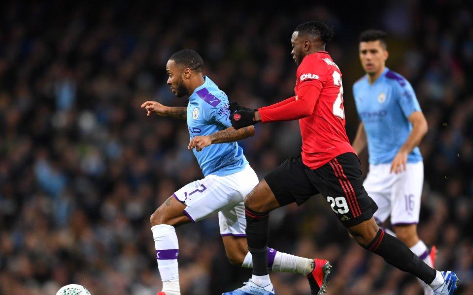 Отборите на Манчестър Сити и Манчестър Юнайтед играят при резултат