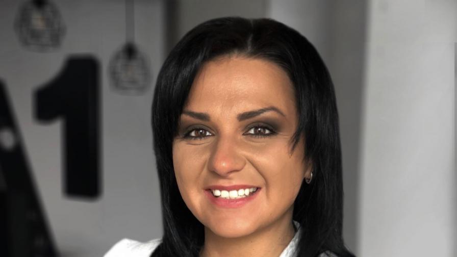 "Яна Янкова, старши мениджър ""Финансови услуги"" в А1 България"
