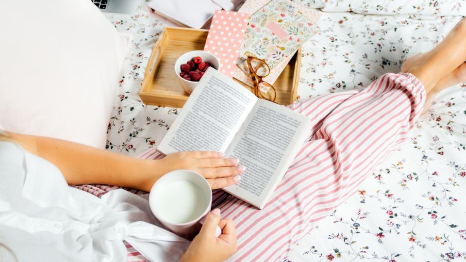 жена книга уют