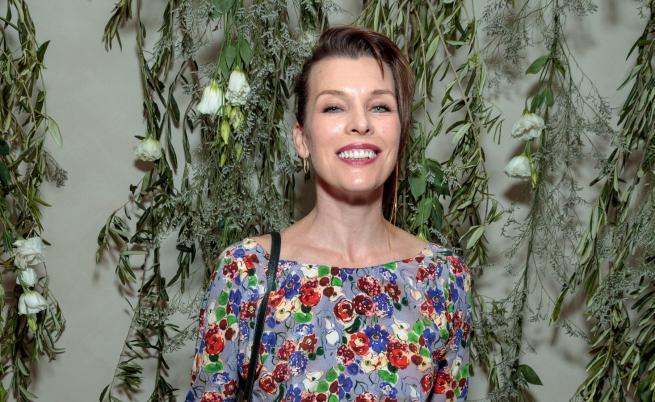 Мила Йовович стана майка за трети път