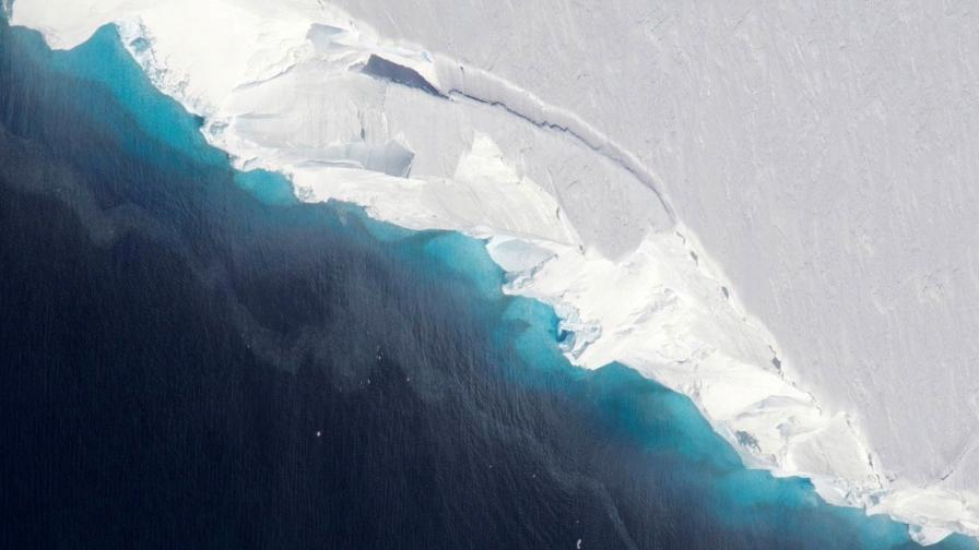Учените с тревога, ледник в Антарктида заплашва света с топенето си