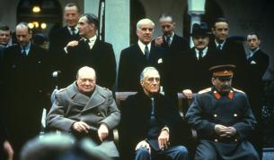 1945: Как Сталин надхитри Чърчил и Рузвелт