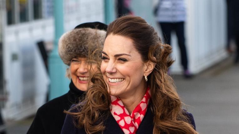 Принц Уилям и Кейт Мидълтън очарователни в Уелс