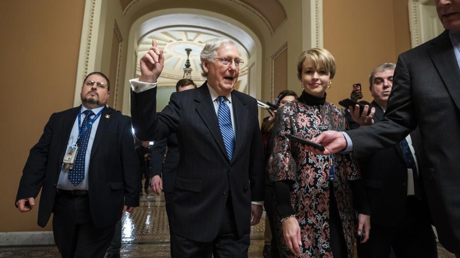 Сенатът на САЩ оправда Тръмп при импийчмънтa