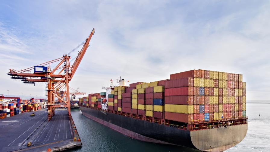 Засякоха контейнер с йонизиращо лъчение във Варна