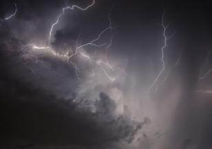 Знаете ли това за гръмотевичните бури