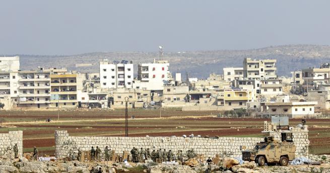 Свят Въздушни удари в Сирия, убити турски войници, ескалация НАТО