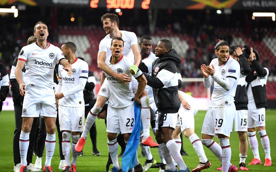 Айнтрахт Франкфурт стана последният осминафиналист в турнира Лига Европа, след