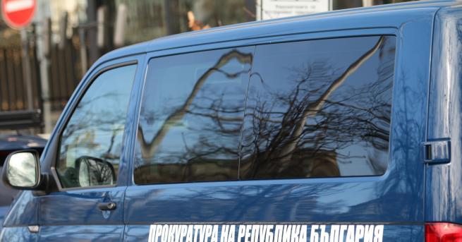 България 15 души с обвинения за участие в престъпна група