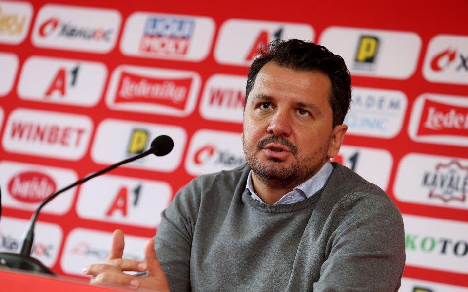 Наставникът на ЦСКА Милош Крушчич говори пред клубния сайт след