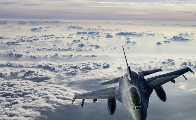 Турция свали сирийски военен самолет, напрежението ескалира