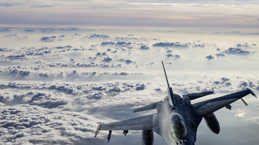 <p>Турция свали сирийски военен самолет</p>
