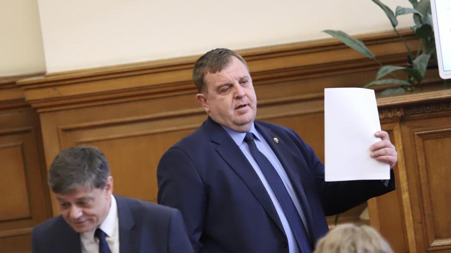 Каракачанов предлага нови мерки в подкрепа на държавния резерв с български стоки