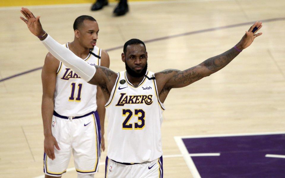 НБА се подновява с дерби на Лос Анджелис