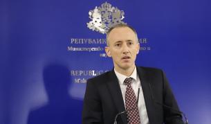 Вълчев: Ще се наложи изместване на изпитите