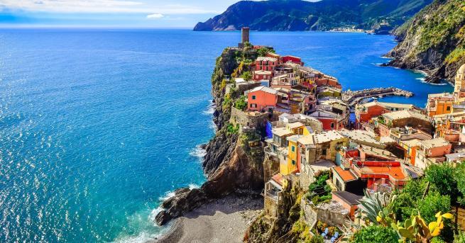 Любопитно Виртуално пътешествие из най-красивите крайбрежия Във времена, когато сме