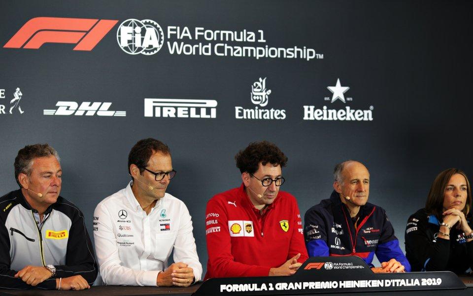 Във Формула 1 местят състезания през януари, за да се...