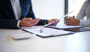 Бизнесът частично подкрепя държавните мерки, но трябват спешни промени