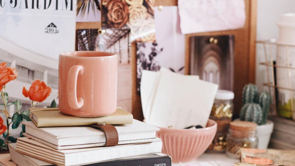 кафе цветя бюро работа хороскоп