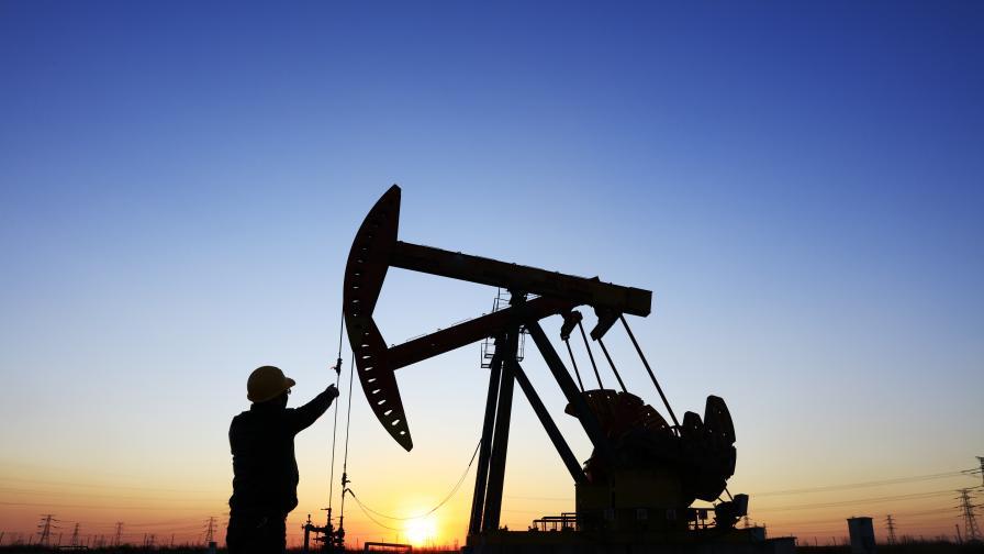 Цената на нефта от марка WTI падна под $20