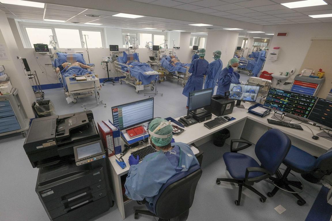 <p>След като е тестът му за COVID-19 се оказва положителен, &bdquo;Г-н П&ldquo; е приет за лечение в болница &bdquo;Infermi&ldquo; в Римини.</p>