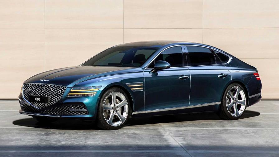 <p>Mercedes CLS? Audi A7? А защо не Genesis G80</p>
