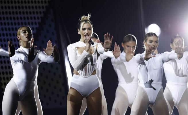 Британската звезда Dua Lipa снима клип в България