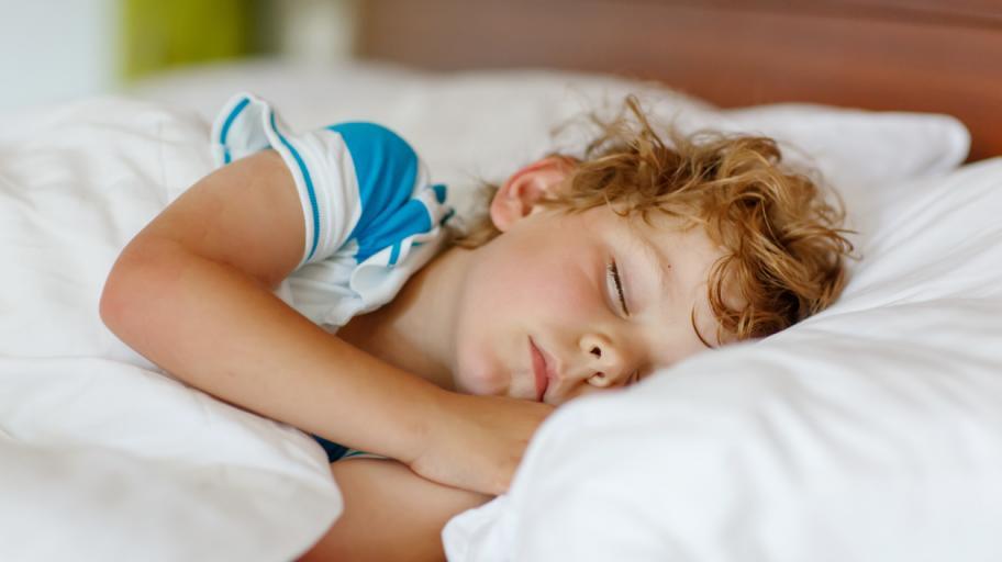 7 основателни причини децата да си лягат навреме