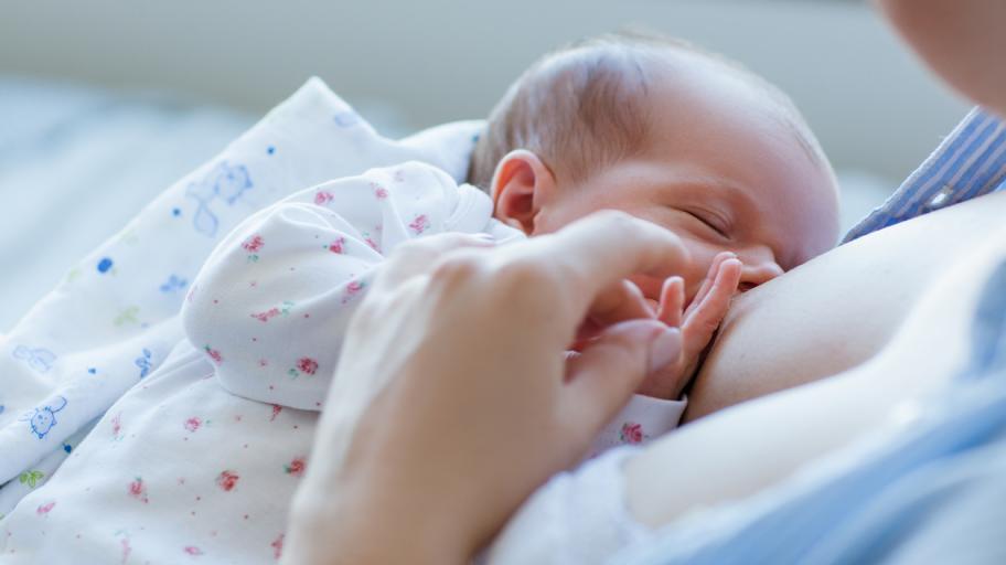 6 мита за кърменето, които трябва да забравите