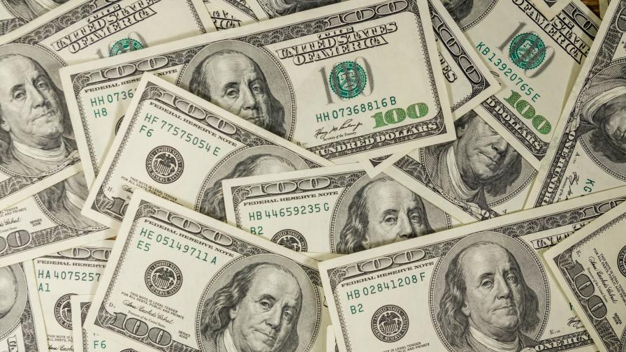 Първи ден след карантината: Луксозен бутик направи $2,7 млн. оборот