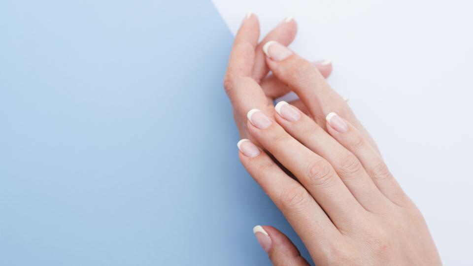 ръце нокти маникюр
