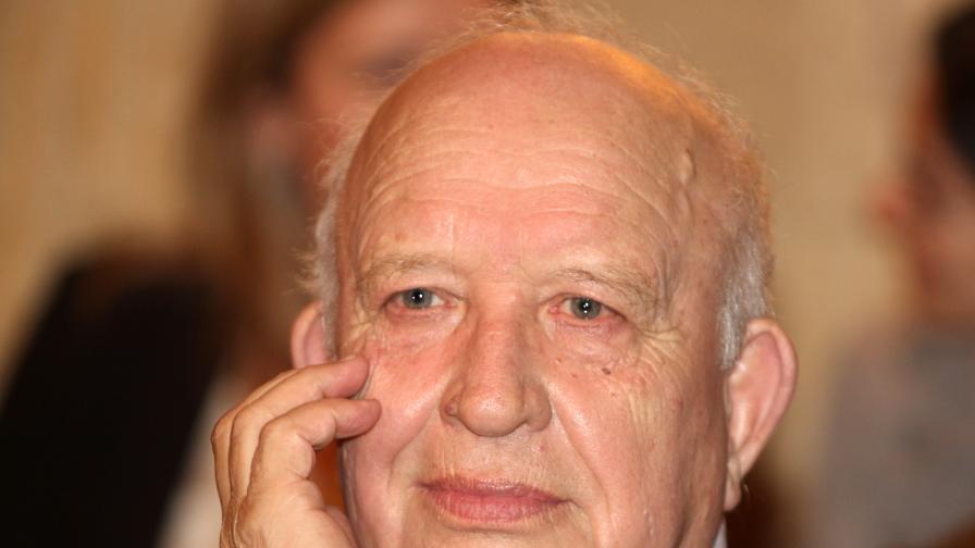 Никола Инджов
