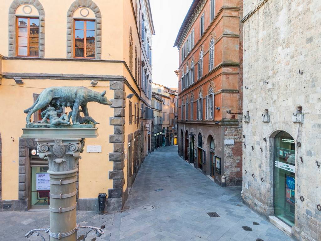 <p>Сиена, Италия</p>