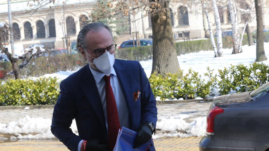Отстраниха Лозан Панов като стопанин на Съдебната палата