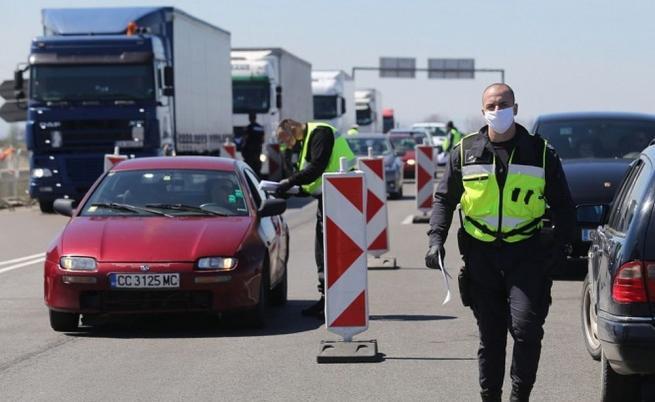 Паднаха КПП-тата, над 230 хил. души са били върнати
