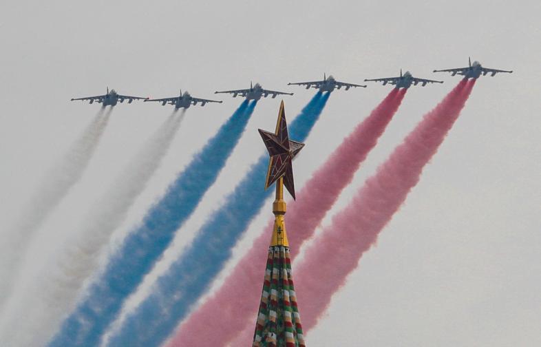 Репетиция РУСИЯ МОСКВА САМОЛЕТИ ПАРАД ВВС предстоящия парад Деня победата