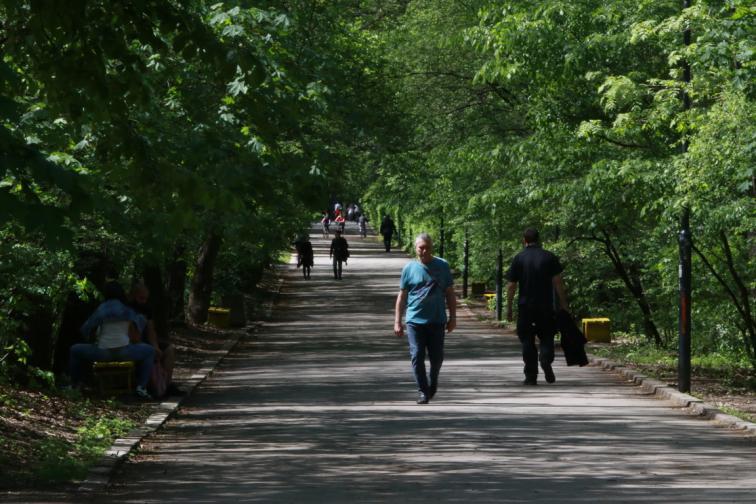 спорт ковид мерки коронавирус парк разходка спорт спортист спортуване
