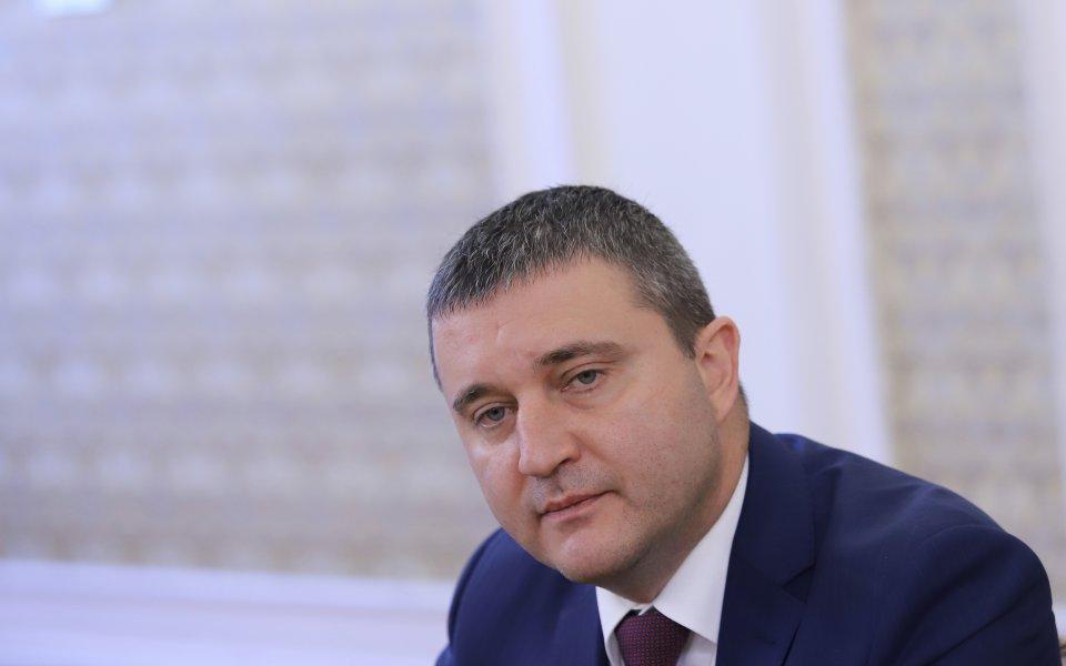 Финансовият министър Владислав Горанов отговори на Васил Божков и го