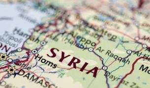 Израел засили ударите си по Иран дълбоко в Сирия - Теми в развитие | Vesti.bg