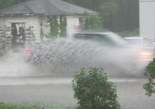 Наводнени са улици в Благоевград