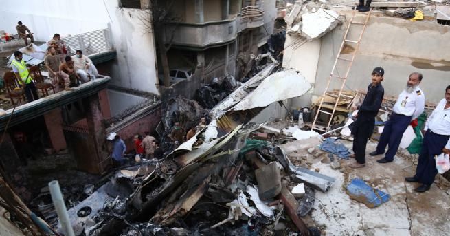 Свят Един от оцелелите в самолетната катастрофа: Всичко беше огън,